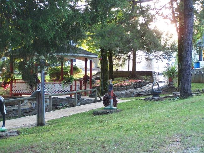 Fountain Garden 3